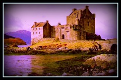 Castles in the Skye ( Bo ) Tags: autumn castle scotland romance eilean donan haribo 10faves 100comments 25faves abigfave platinumphoto aplusphoto photofaceoffwinner platinumheartaward proudshopper haribosphotos