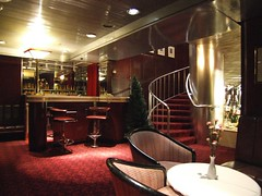 Princess Grill Champagne Bar, QE2