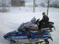 Ritchie waitin  0526 (Suzetta Anne Photo) Tags: family snow dan mobile amber nicole ashley carol mn sleds ritchie vacationwinter
