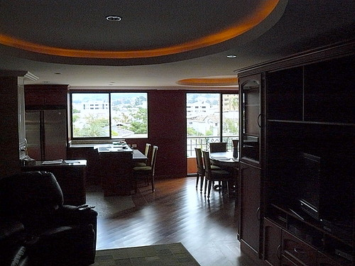 Cuenca condo living room
