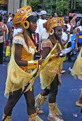 Montral Carifiesta 2008 (abdallahh) Tags: carnival costumes girls summer people canada black girl costume colorful montral parade qubec carnaval caribbean t fille filles gens color dfil noire    carifiesta         carifte