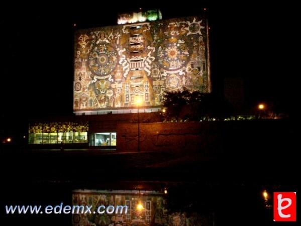 Biblioteca Central - UNAM. ID240, Iván TMy©, 2008