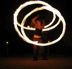 jugglers_fire