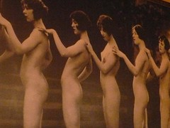 Detalle de mujeres desnudas (torresburriel) Tags: detalle cafe zaragoza mujeres chipre desnudas