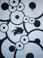 Frog in circles