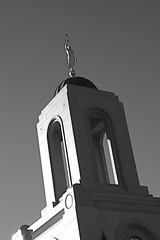 Angel Moroni, Newport Beach Temple