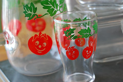 Happy Tomatoes Pitcher (freshvintagestyle) Tags: tomatoes vintageglass freshvintage
