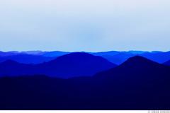 Blue Hills (Omar Junior) Tags: blue windows nova azul geotagged ninho pentax d hills junior xp layers das omar ist rs bluehills pentaxistd montanhas petrpolis azuis camadas aguias geo:lat=29383042 geo:lon=51119235