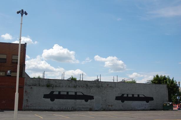 limo_wall