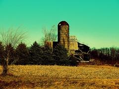 Rotting barn near Edon Ohio (Matt Ditton) Tags: barn edon ohio
