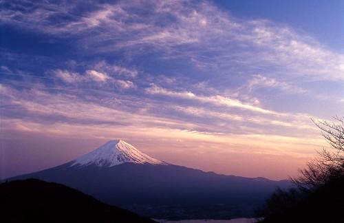 [フリー画像] 自然・風景, 山, 日本, 富士山, 201105301300