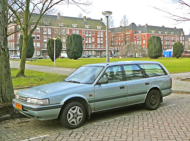 auto street classic car amsterdam vintage voiture oldtimer spotted mazda rue mazda626 ancien straat klassiek klassieker gespot croisé jacobmarisplein