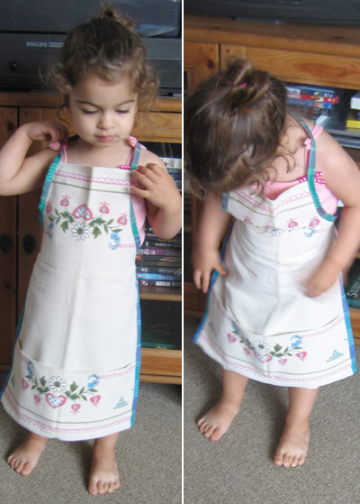 Tan apron with flowers for Lara 2
