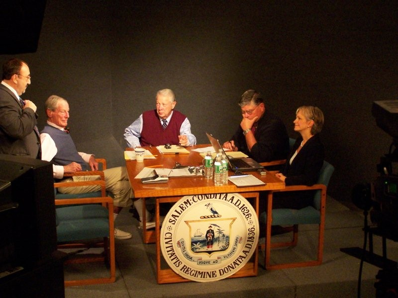 The Election 2007 hosts, just before airtime.  Mike Allen, standing, Bill Burns, George Ahmed, Mike Sosnowski and Claudia Chuber