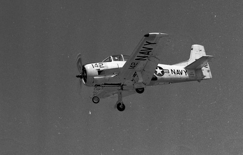 Warbird picture - North American T-28 Trojan trainer