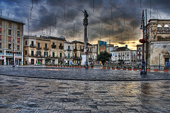 piazza sant'oronzo in lecce - salento, italy (Paolo Margari) Tags: plaza old morning house canon buildings square photography photo foto photographer place alba pavement maisons empty central photographers case chiesa fotografia 2008 canoneos salento hdr lecce fotografo colonna fotografi anfiteatro mattina vuota sedile alvino basolato leccese soronzo lastricato tonemapped italianphotographers leccesi santoronzo piazzasantoronzo paolomargari santooronzo fotografiitaliani
