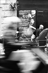 (le bateau ivre (...pleins les tiroirs)) Tags: bw rome roma jazz bn rionemonti viapanisperna bncitt sfidephotoamatori bnviaggio pirubatodicos insalatafotografica improvvisazionefotografica bnfotodelmesecitt