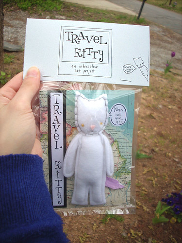 TRAVEL KITTY 5090