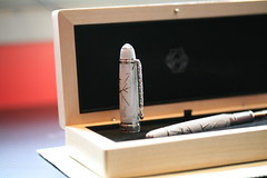 winter white david fountain pen canon eos gold collection 5d limited edition luxury 18k oscarson