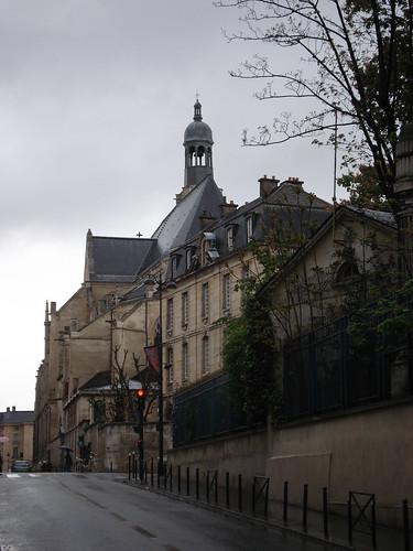 Saint Etienne du Mont from rue Clovis