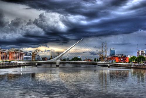Puente de la Mujer, Buenos Aires, Argentina por bridgepix.