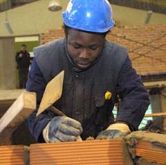 Un trabajador inmigrante