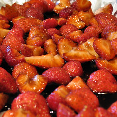 balsamic roasted strawberries 3922 R