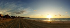Bahamian Sunrise (maxlorenz90) Tags: grand bahama bahamas sun sonne beach strand sand morning morgens palm palme quiet ruhig urlaub holiday panorama stitched bahamian sunrise sonnenaufgang