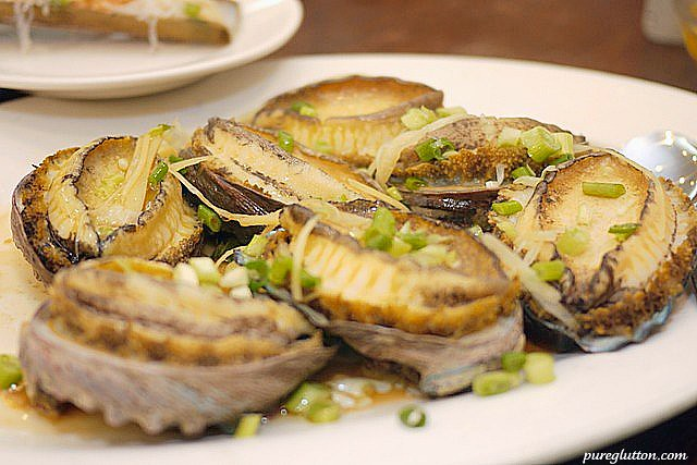 plate abalones