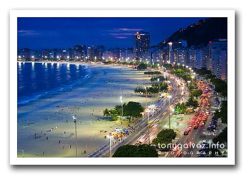 Copacabana, Rio de Janeiro (by Tony Gálvez)