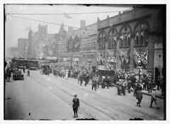 Convention crowd - Chicago  (LOC)