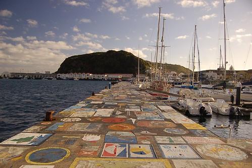 Pinturas no molhe-Uma tradição-Horta-Faial-Açores