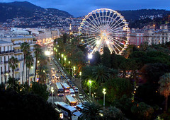 France - Nice (Thierry B) Tags: france night geotagged photography photo nice frankreich europa europe cotedazur exterior nacht outdoor dr  frana bynight ctedazur paca geotag fr francia extrieur mange nocturne westerneurope frankrig feteforaine granderoue      geolocation  europen  photographies     europedelouest noctambule provencealpesctedazur manges  photodenuit  php    westeurope rgionpaca photosnocturnes  thierrybeauvir beauvir wwwbeauvircom droitsrservs