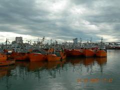 Puerto de Mar del Plata (Clau B) Tags: sky argentina clouds barcos cielo nubes mardelplata miargentina