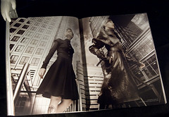 Fashion. Canary Warf by Gustavo Lpez (Sonsoles Lozano) Tags: magazine revista lozano scartissue sonsoles arquitecturas frgiles