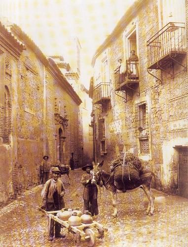 Calle de  Santa Isabel hacia 1925