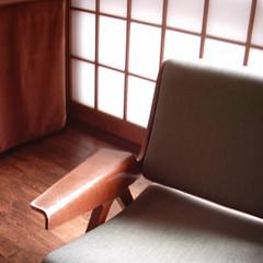 【写真】ミニデジで撮影した前川國男邸の椅子