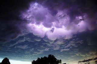 053011 - Wicked Mammatus Lightning!!!