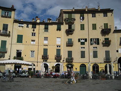 Lucca: binnenstad