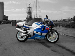 GSXR 750 SRAD Suzuki black white colour (banditblue1200) Tags: white black colour photoshop suzuki gsxr 750 srad