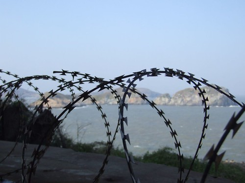 barbed-wire at stronghold No.6