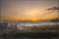 QueendownMistySunRiseBlend2 (lightpainter_album) Tags: uk winter mist field sunrise fence kent corn contrails medway trails vapour sunrise misty queendown