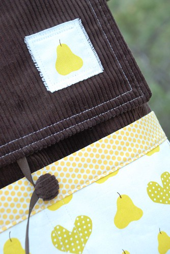 messenger bag front close-up