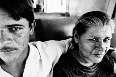 Last train - Mother and son (mexadrian) Tags: travel train mexico carriage oaxaca motherandson trix1600 lasttrain