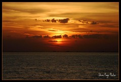 Mexican Sunset - Cozumel! (iTail ~ Steve Page) Tags: sunset sea seascape mountains clouds canon landscape mexico island orlando jamaica winterpark caribbean cozumel storms centralflorida orlandoflorida winterparkflorida 40d mywinners platinumphoto orangeskys theunforgettablepictures canon40d overtheexcellence worldwidelandscapes natureselegantshots panoramafotogrfico