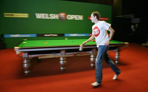 mark selby. Mark Selby does a Sport Relief