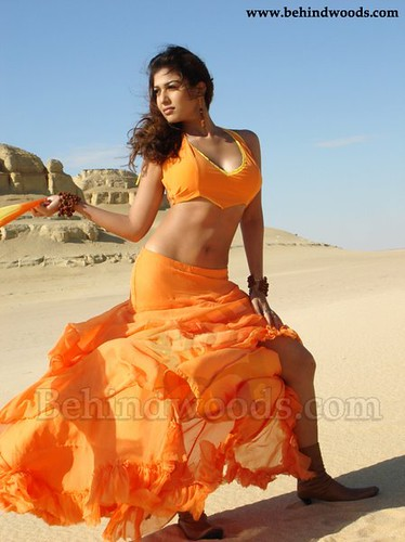 Malayali Tamil Actress Naynathara posing before Egyptian Pyramids