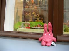 TALLINN-18 (ZAI couple) Tags: rabbit bunny toy tallinn zai marzipan