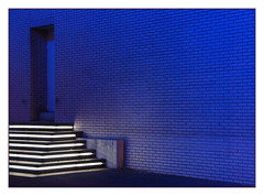 Blue door (Sigrid Klop) Tags: door blue night puerta rotterdam neon blauw nacht deur singintheblues maritiemmuseum aplusphoto top20everlasting top25blue rubyphotographer sigridnetherlandshollandd80nikon