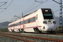 Regional 598 (José Francisco_(Fuen446)) Tags: train tren trenes trains regional málaga railroads renfe dmu automotor 598 bobadilla diésel 10millionphotos yourcountry s598 antequerasantaana automotordiésel